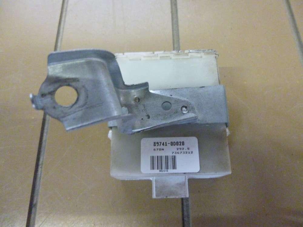 Toyota Yaris Steuergerät Zentralverriegelung  89741-0D020