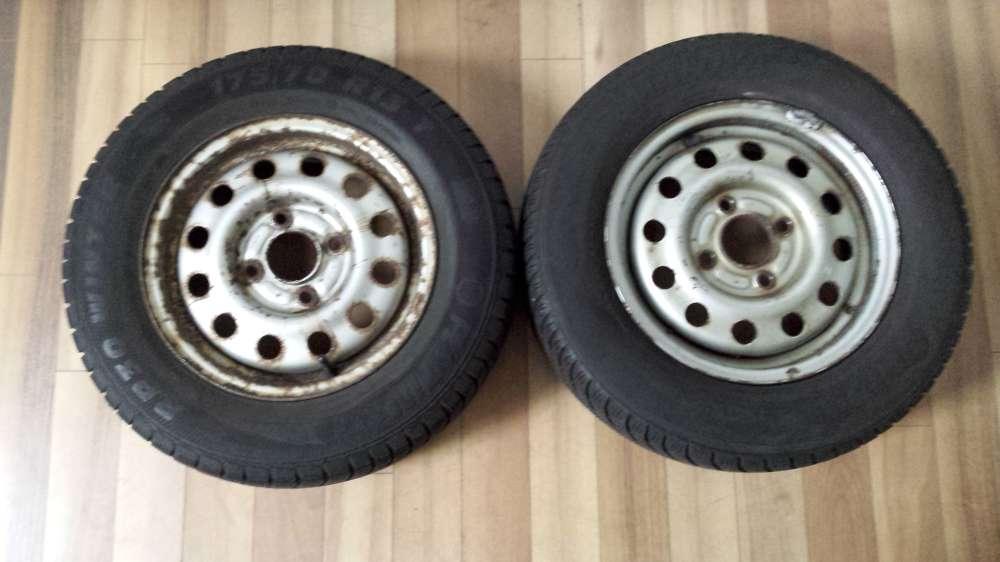 2 x Winterreifen Stahlfelgen für Ford Escort  5Jx13H2  ET:41  175/70 R13 82T
