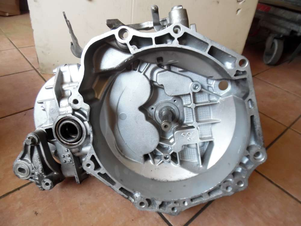 Opel Corsa D 1,7Cdti Getriebe Schaltgetriebe 6-gang 179718KM FGP 55192042 55700438