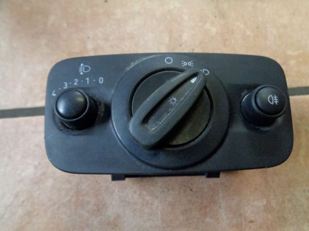 Ford Fiesta VI JA8 Bj:2010 Headlight Switch 8A6T-13A024-AB