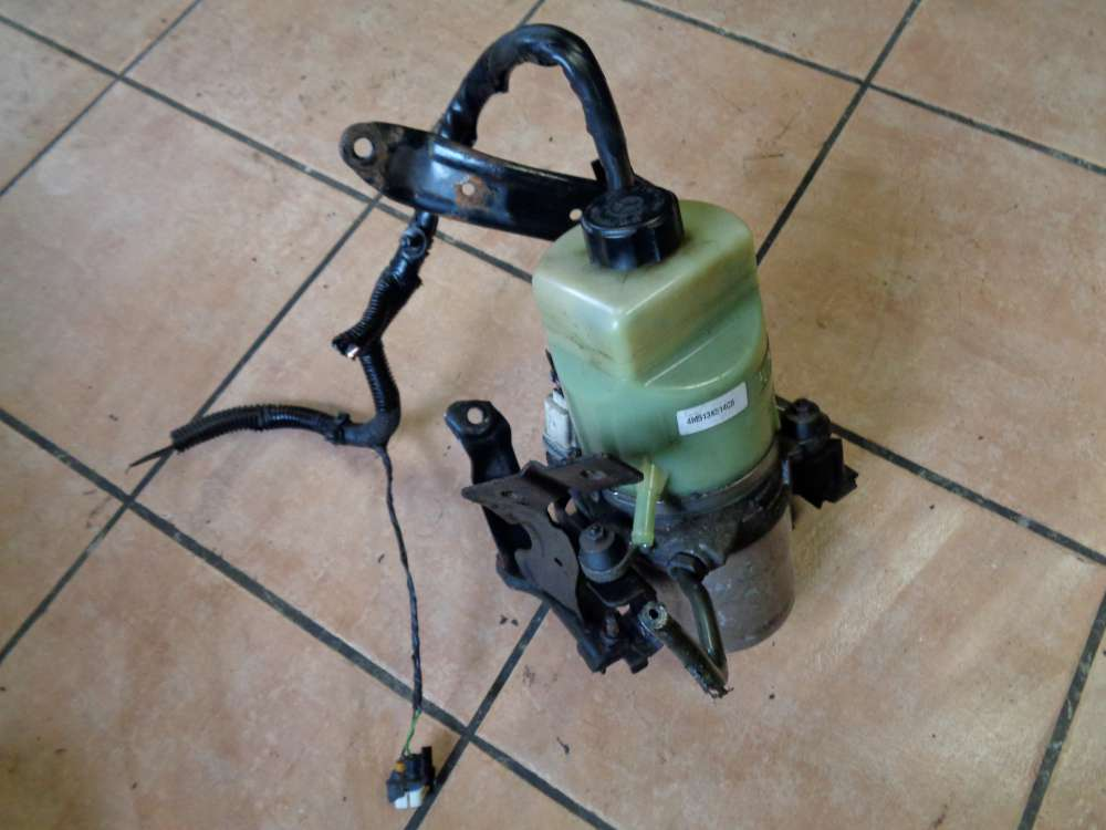 Ford Focus AD3 Bj:2008 Servopumpe Pumpe Servo 4M513K514CB