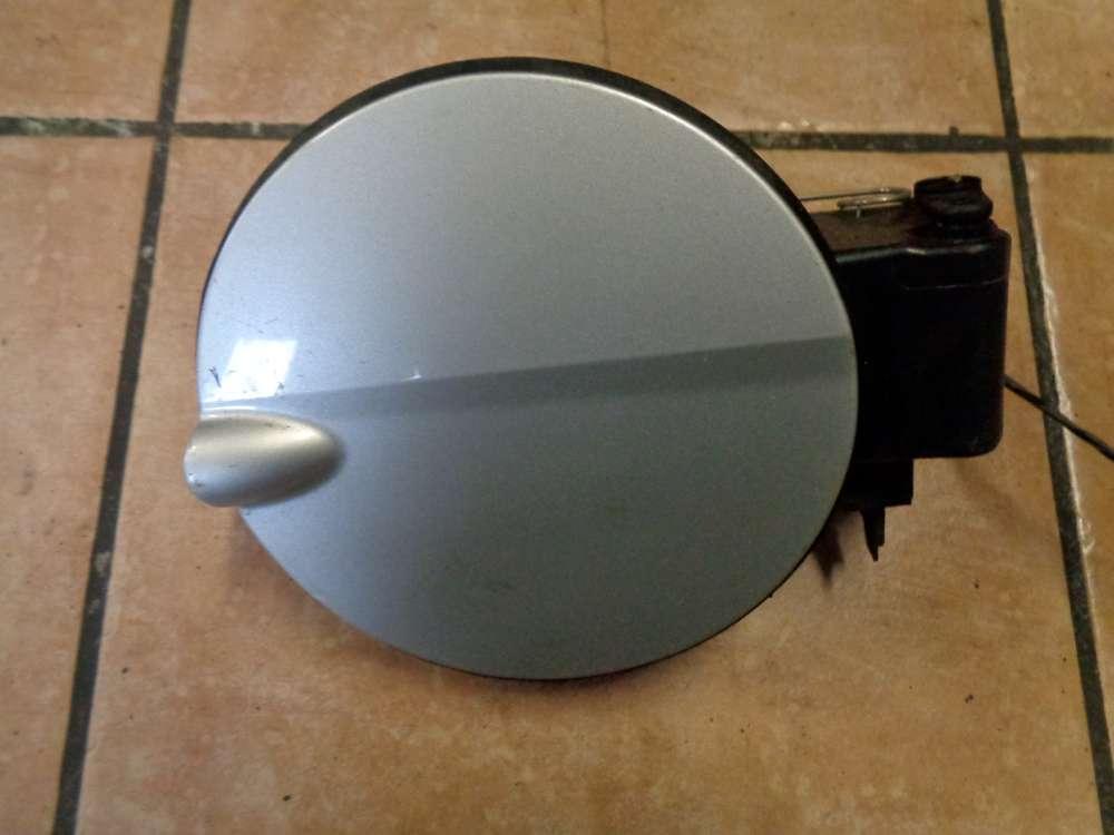 Ford Focus AD3 Bj:08 Tankdeckel Tankklappe 8M51-F405A02  Grau : O3