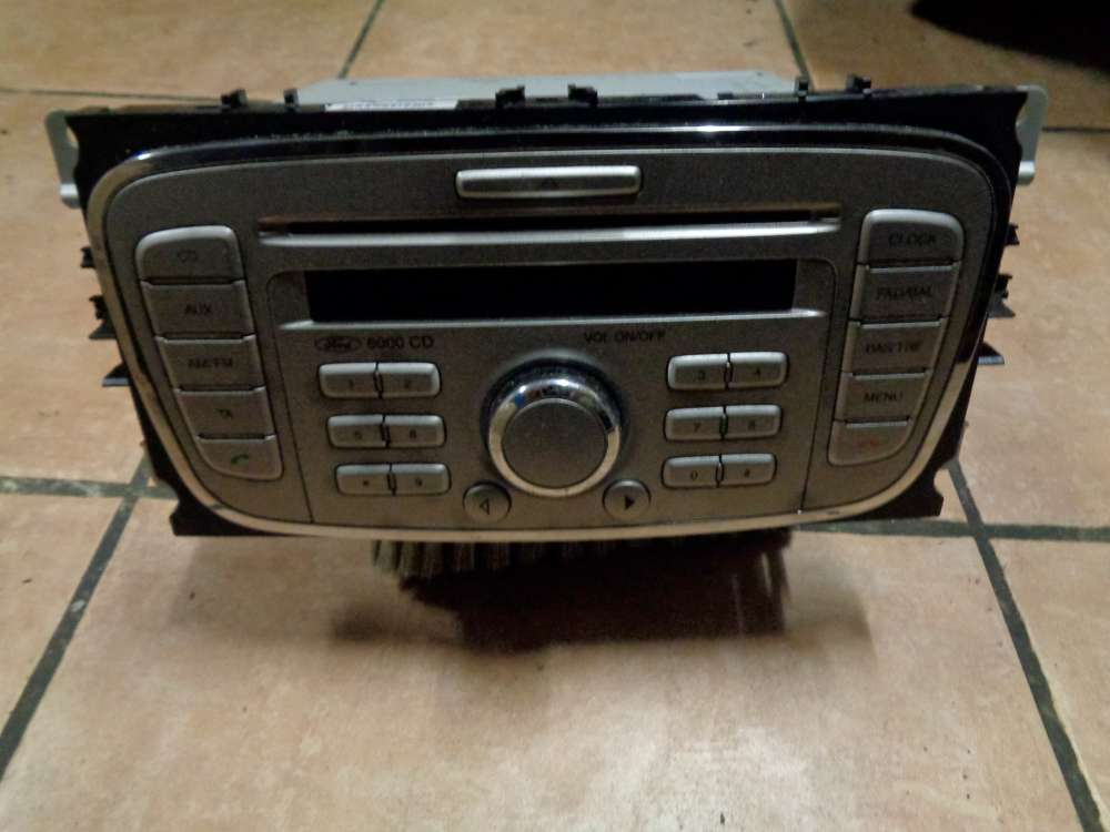 Ford Focus AD3 Bj:08 Autoradio Radio 6000 CD 8M5T-18C815-AB