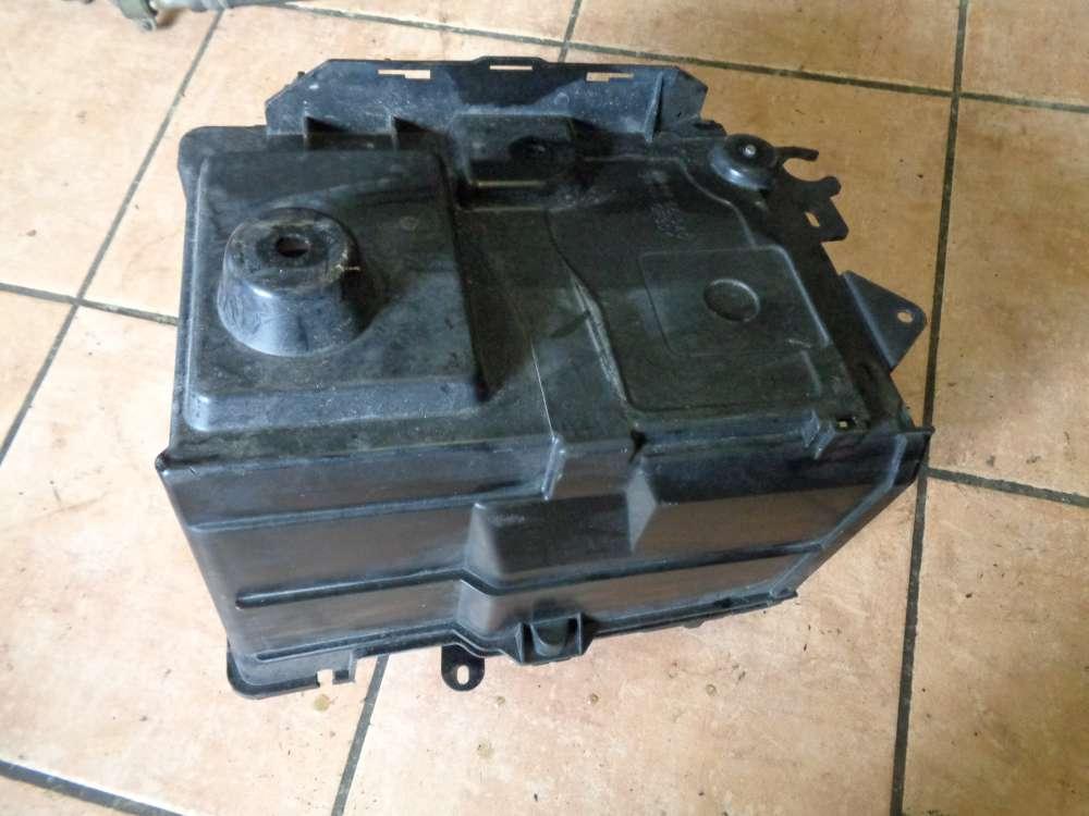 Mazda 3 BK 1.6i Bj:2004 Batteriekasten Batterie Halter