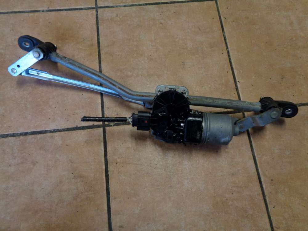 Mazda 3 BK 1.6i Bj:2004 Scheibenwischermotor Wischermotor mit Gestänge BP4K-67340/ 4M51-17508-AA