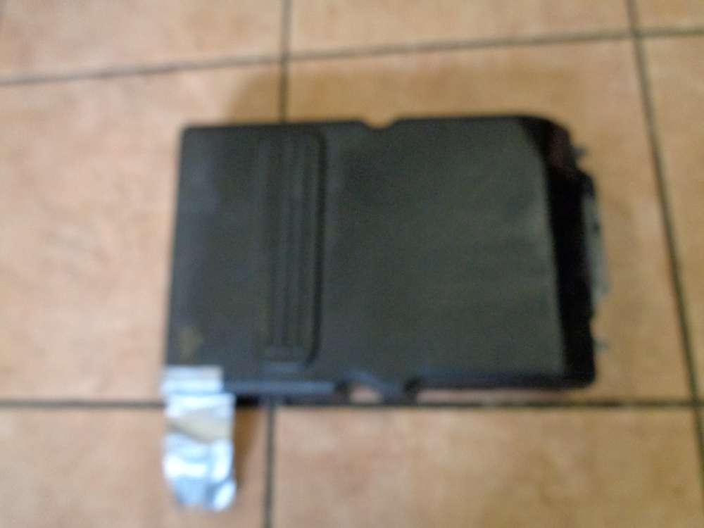 Mazda 3 BK Batterie Batterieabdeckung Z60118593