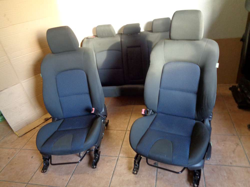 Mazda 3 BK Sitze Innenausstattung Komplett Stoff