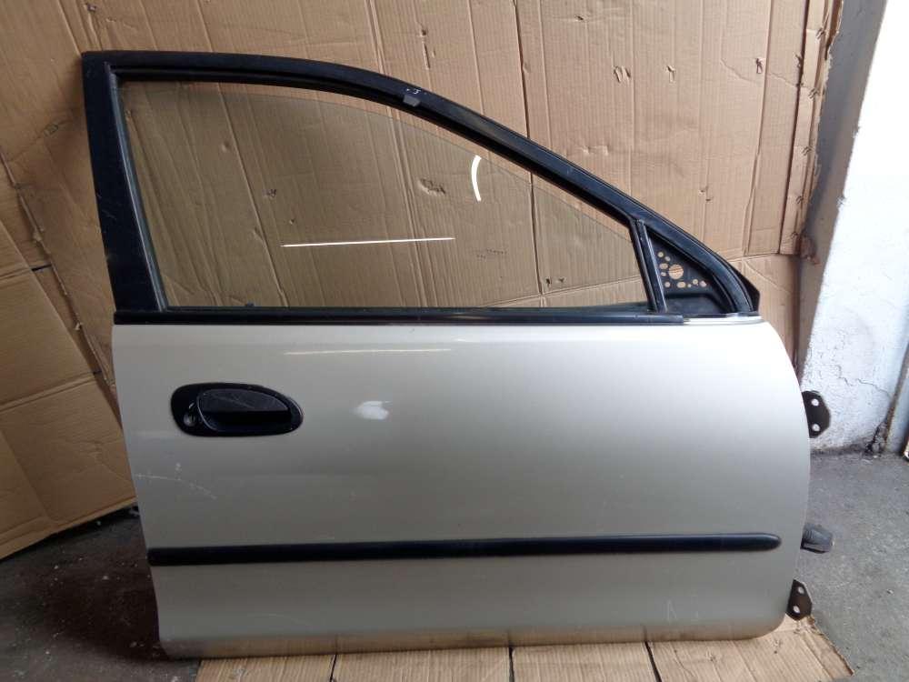 Mazda 323 BA Tür Vorne Rechts Farbe Silber Farbcode 4F
