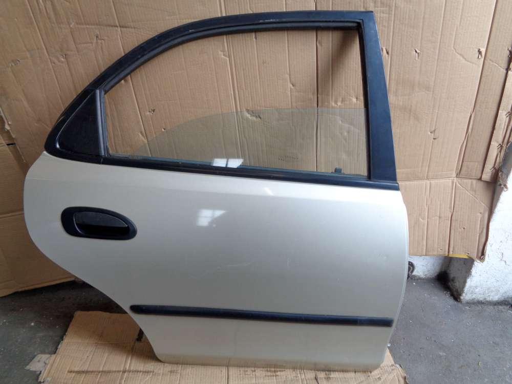 Mazda 323 BA 4 Türen Limousine ab: 1994-1998 Tür Hinten Rechts Farbe Silber Farbcode 4F