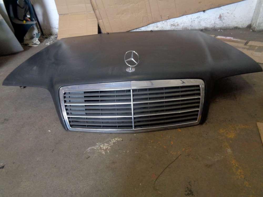 Mercedes C-Klasse W202 C280 Limosine Motorhaube mit Grill und Emblem Schwarz