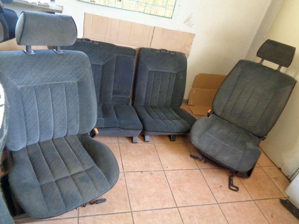 VW Passat 35i Sitze Rücksitzbank Fahrersitz Beifahrersitz Stoff Grau