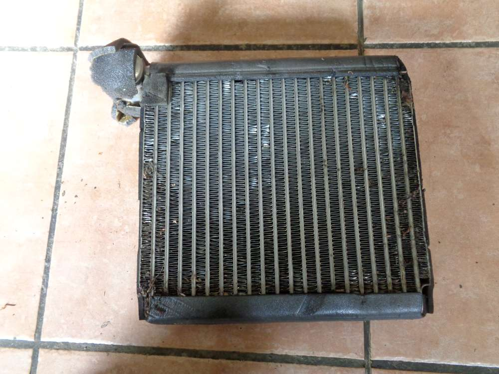 Mazda 3 BK 1.6i Bj:2004 Heizungskühler Kühler Heizungs