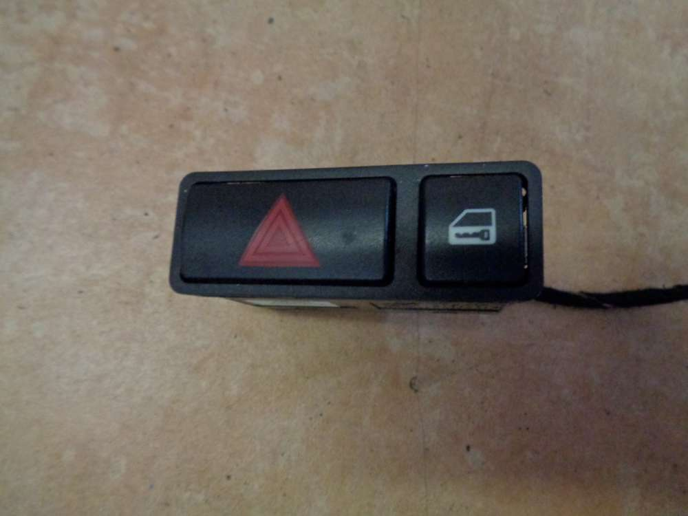 BMW 3er E46 Limousine Warnblinkschalter ZV Schalter 8368920