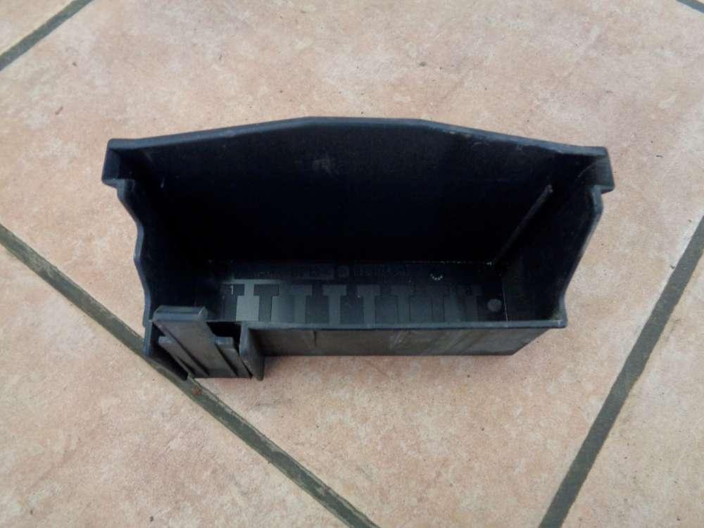 Opel Zafira A Abdeckung Deckel Sicherungskasten 09131668
