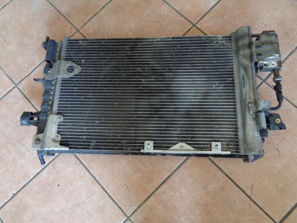 Opel Zafira A Kühler Wasserkühler 13150404