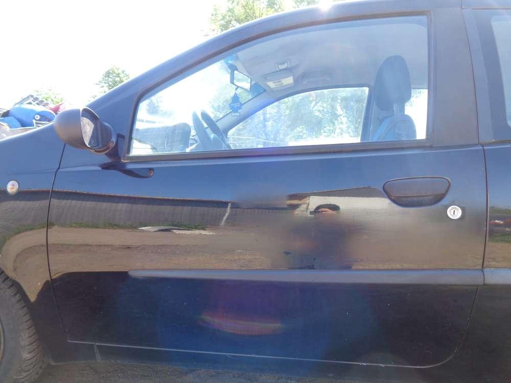 Fiat Punto 188 3Türer Tür Vorne Links Schwarz Farbecod : 601