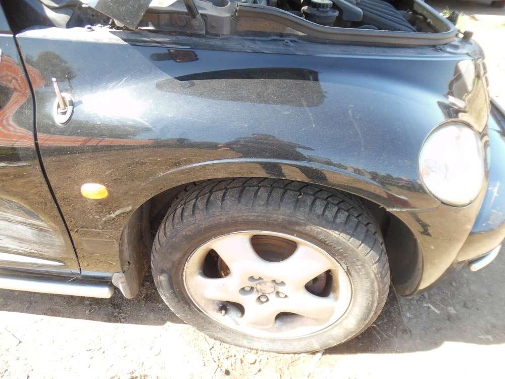 Chrysler PT-Cruiser Bj:2001 Kotflügel Vorne Rechts Farbe : schwarz