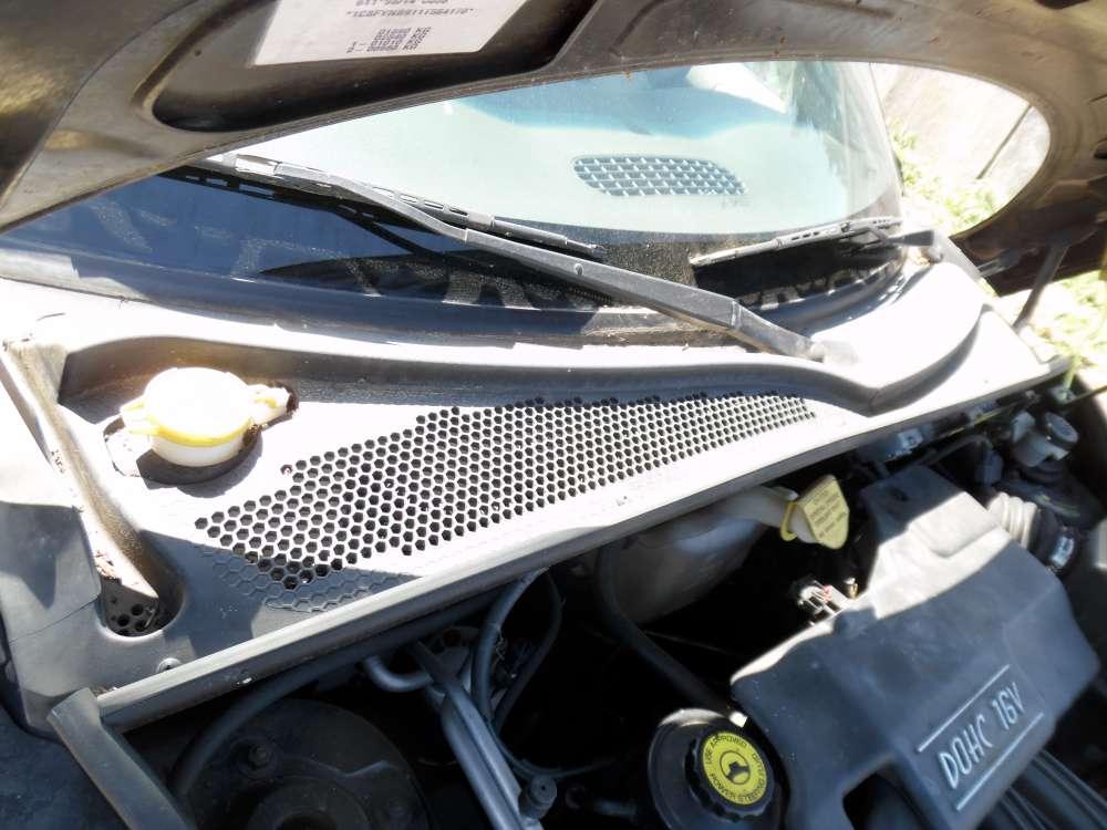 Chrysler PT-Cruiser Bj:2001 Blende Windlauf Abdeckung Wasserkasten