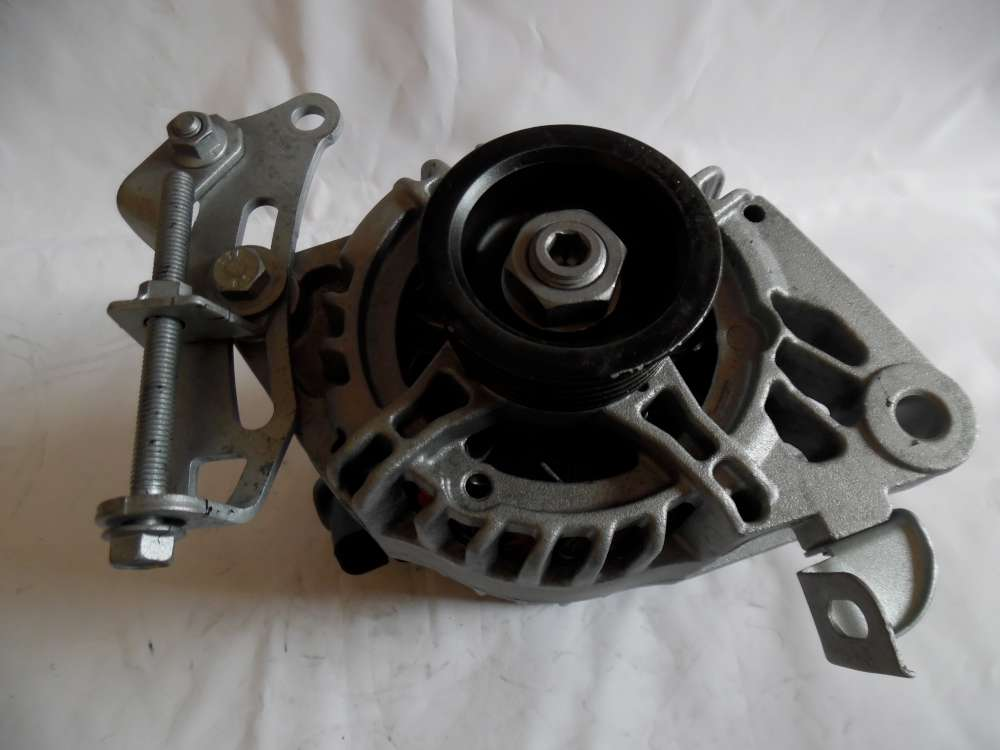 Lichtmaschine Generator 80A Toyota Aygo Citroen C1 Peugeot 107 27060-0Q021 Denso MS102211-8741