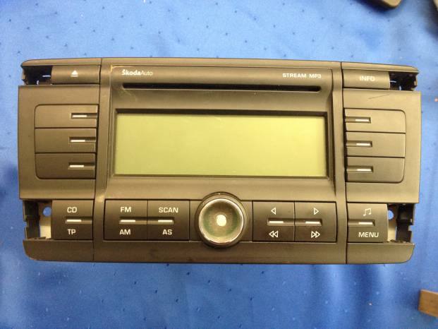 Radio Skoda OCTAVIA 1Z3 Stema MP3 1Z0035161C 02.04-10.08 radio-CD
