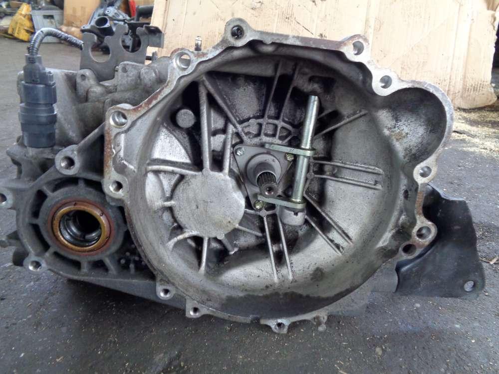 Hyundai Santa Fe 2.0 CRDI Schaltgetriebe Getriebe