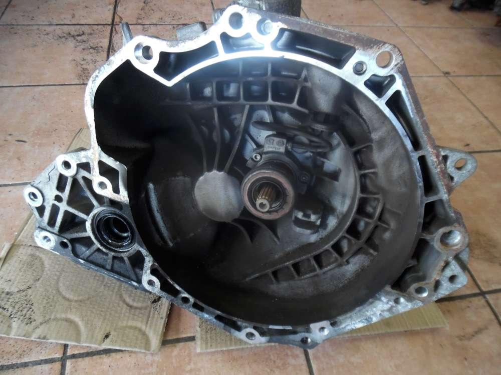 Opel Zafira A Bj:2001 Getriebe Schaltgetriebe 55565177 649354685