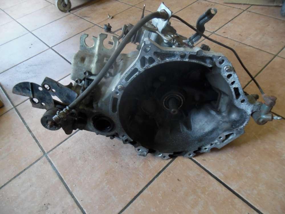 Toyota Yaris P1 Bj 2003 1.5 Benzina Getriebe Schaltgetriebe C150N5