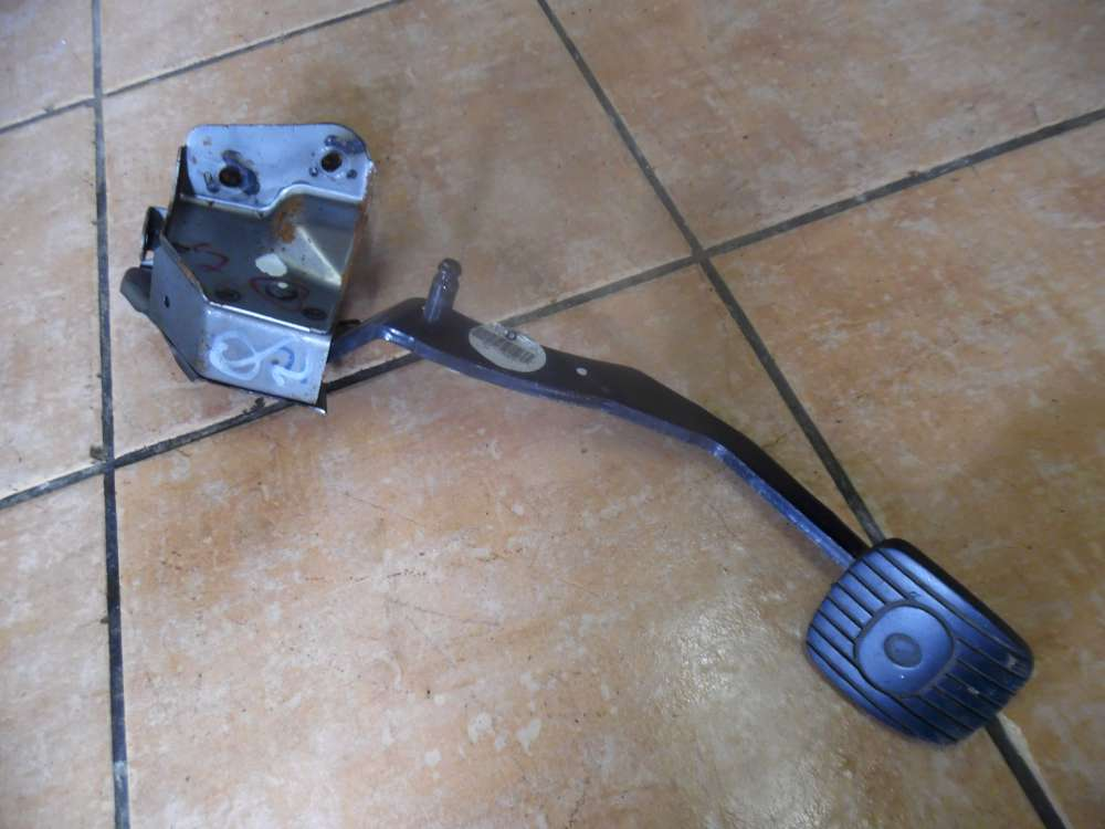 Nissan Micra K12 Kupplunsgspedal Pedal