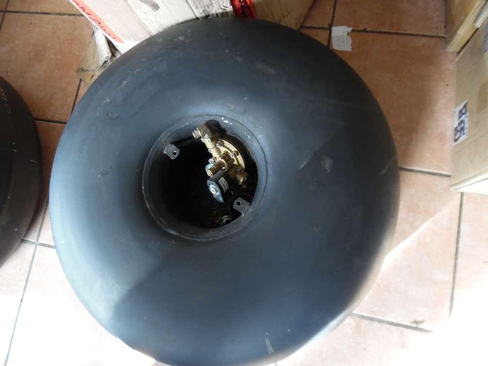 Autogastank LPG Bormech Radmuldentank mit Verdampfer 67R-010546 R67-010188   60L