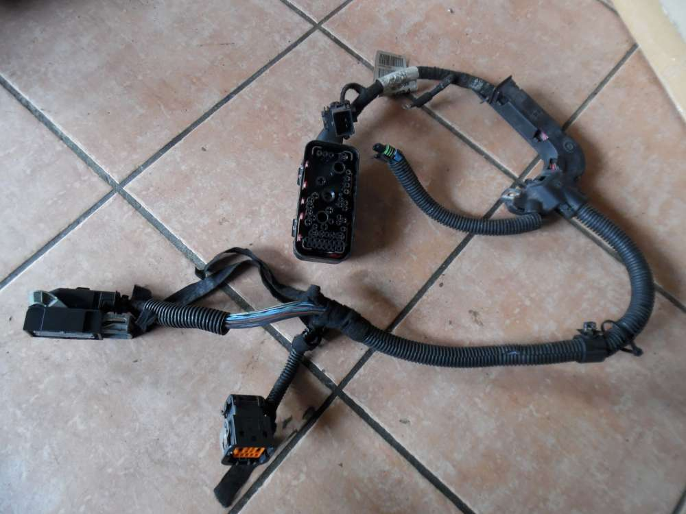 Opel Zafira B 1,6 Sicherungskasten Kabelbaum Kabel 90587888A