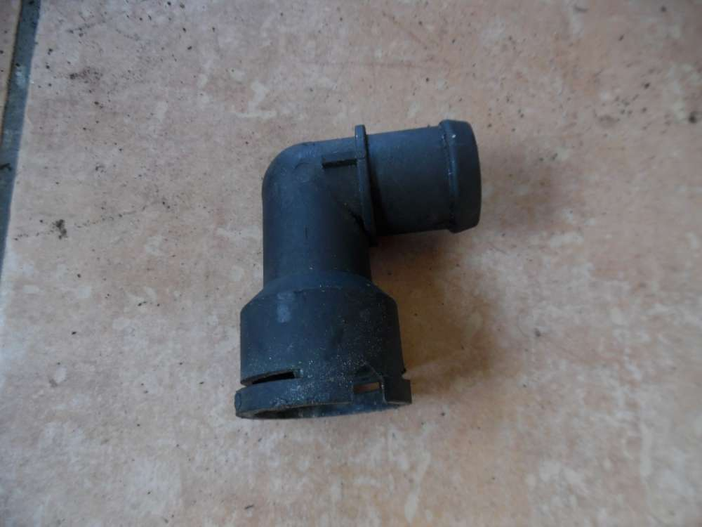 VW Golf 3 Wasserflansch Kühlwasserflansch Kühlmittelflansch 037121619