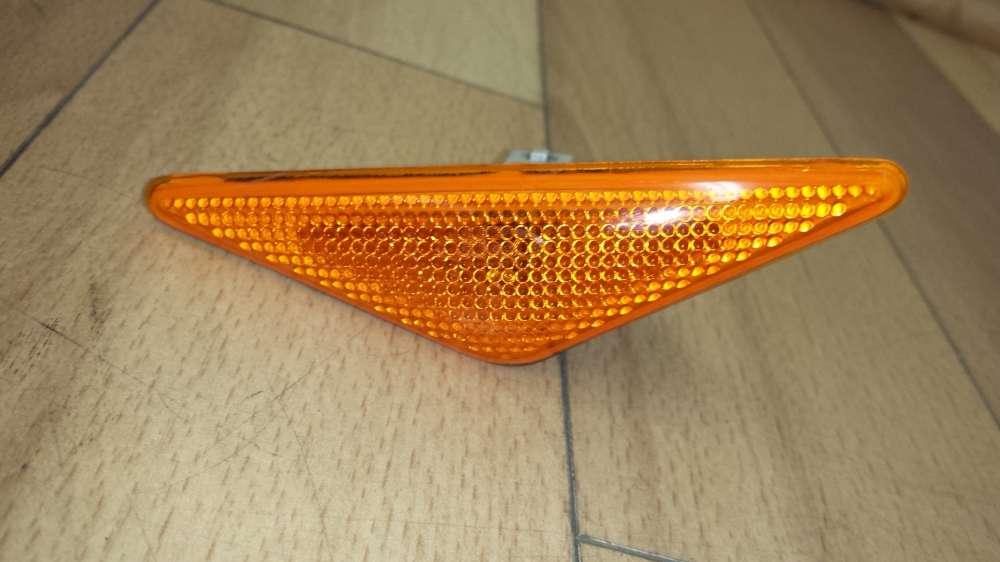 Ford Focus DNW Blinker Blinkleuchte Kotflügel Rechts / Links XS4H3K354-A