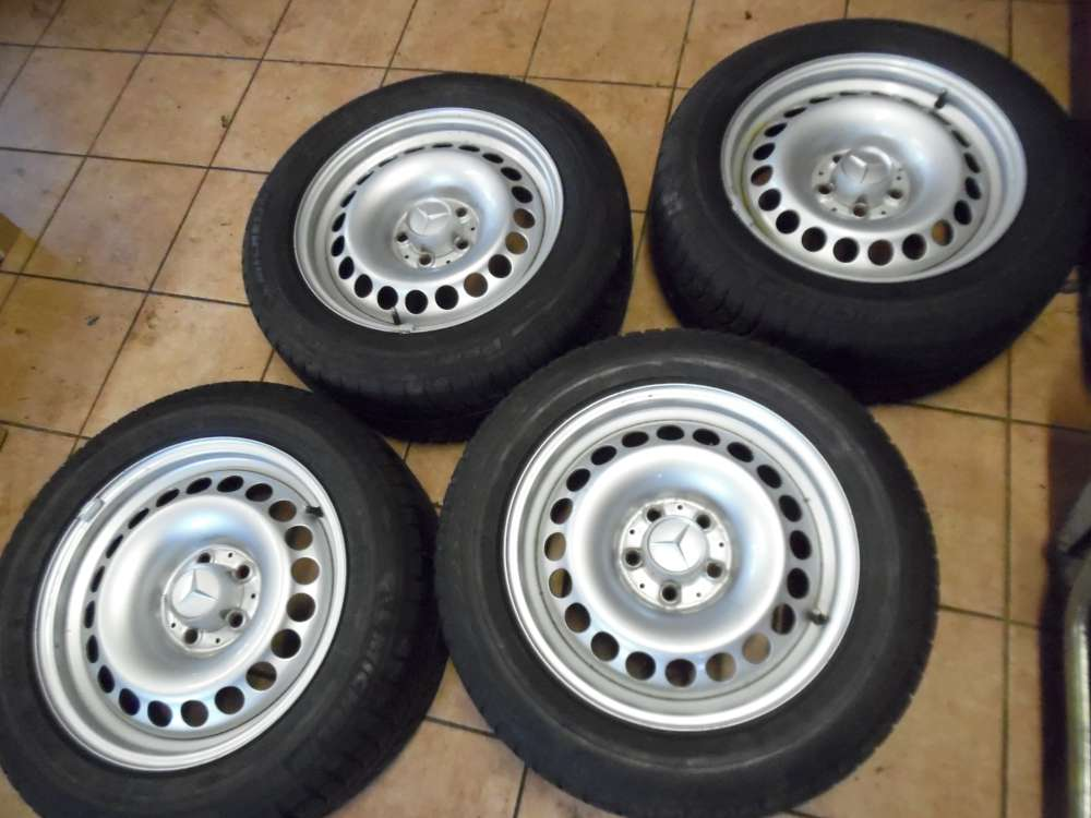 4 x Stahlfelgen mit Reifen für  Mercedes E-Klasse A2114000102  Michelin Winterreifen 225 / 55R16 94H   71/2 Jx16 H2 und Nabendeckel 2014010225