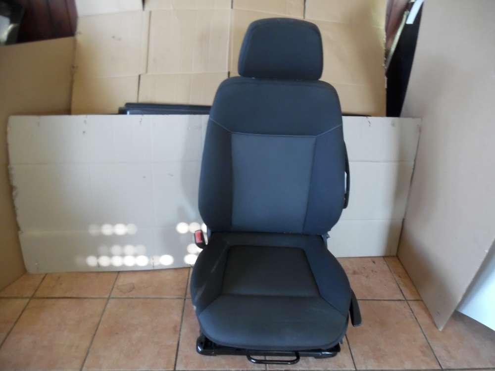 Opel Zafira B Bj:2007 Sitz Fahrersitz Vorne Links Stoff