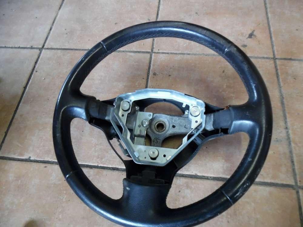 Toyota Yaris P1 Lenkrad Lederlenkrad