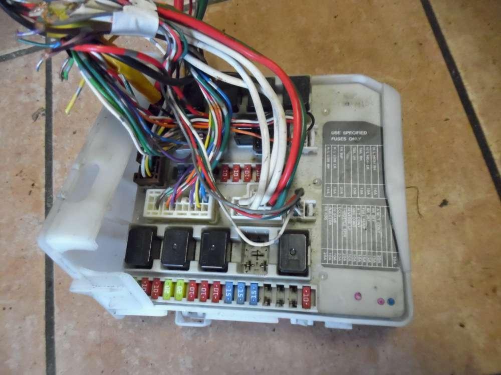 Nissan Micra K12 Bj:2007 Sicherungskasten Sicherungsbox