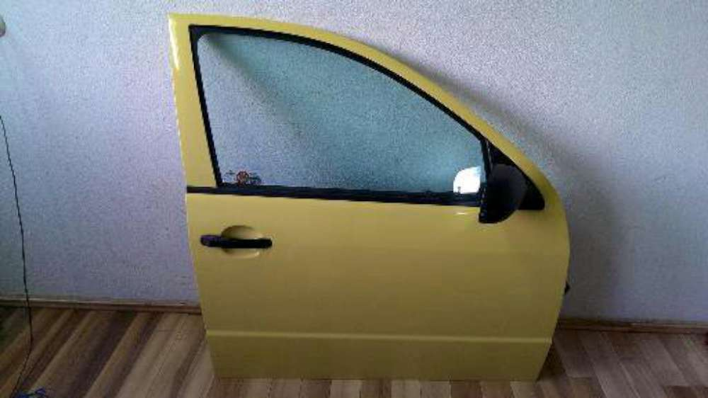 Skoda Fabia 6Y2 Bj 2002 Beifahrertür Tür Vorne Rechts Farbe: Gelb