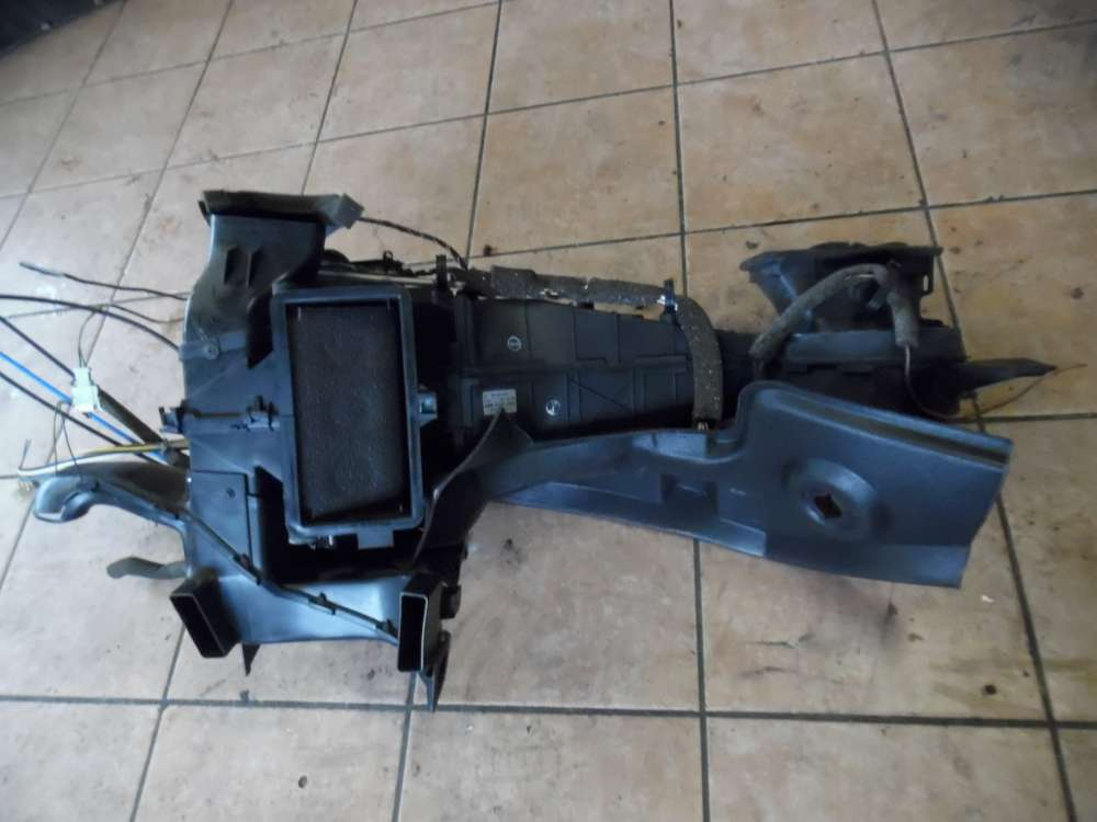 VW Golf 3 Gebläsekasten Heizung Heizkasten 1H1819003