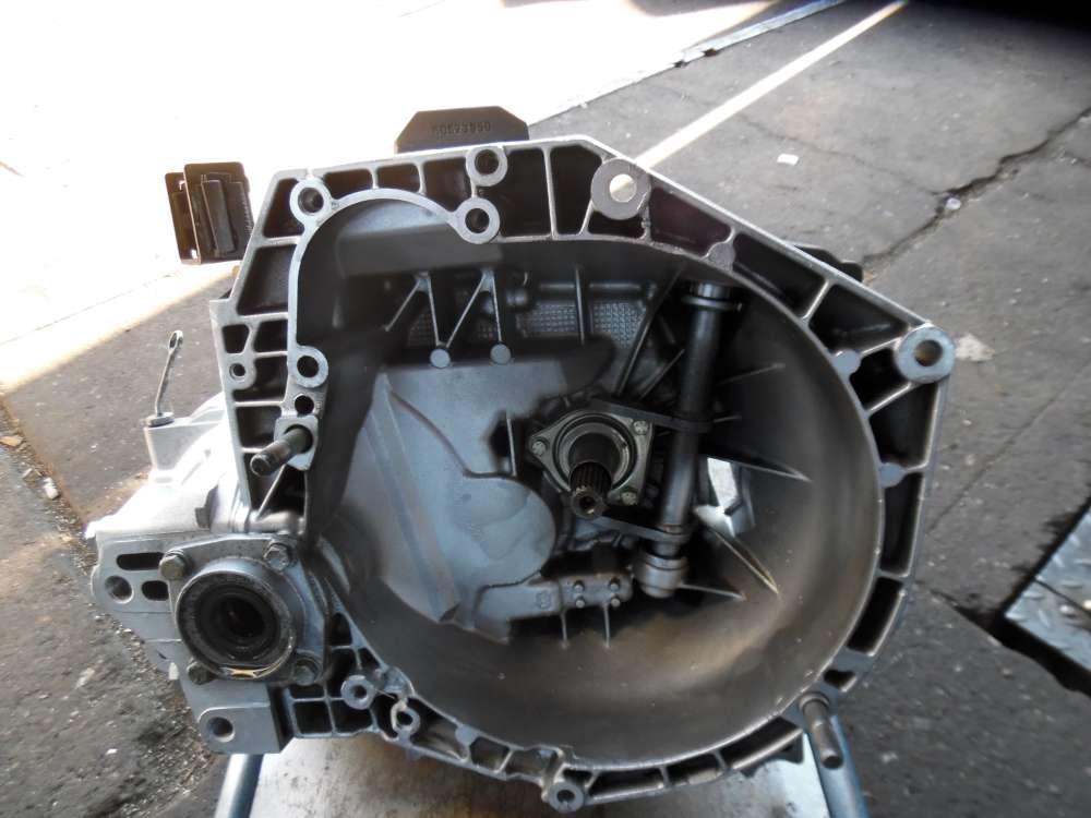 Alfa Romeo 156 1,9JTD Schaltgetriebe 5 Gang Getriebe 46783510 46433289