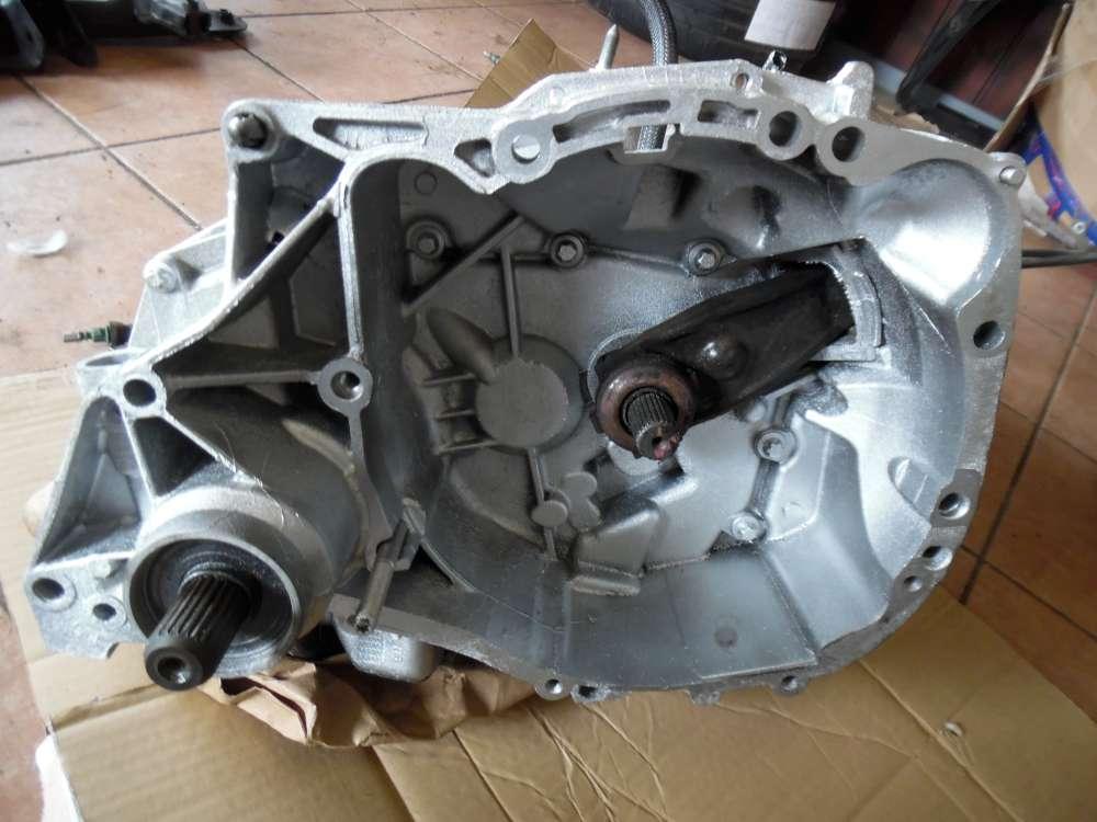 Renault Twingo II Getriebe Schaltgetriebe 5-Gang 7701723426