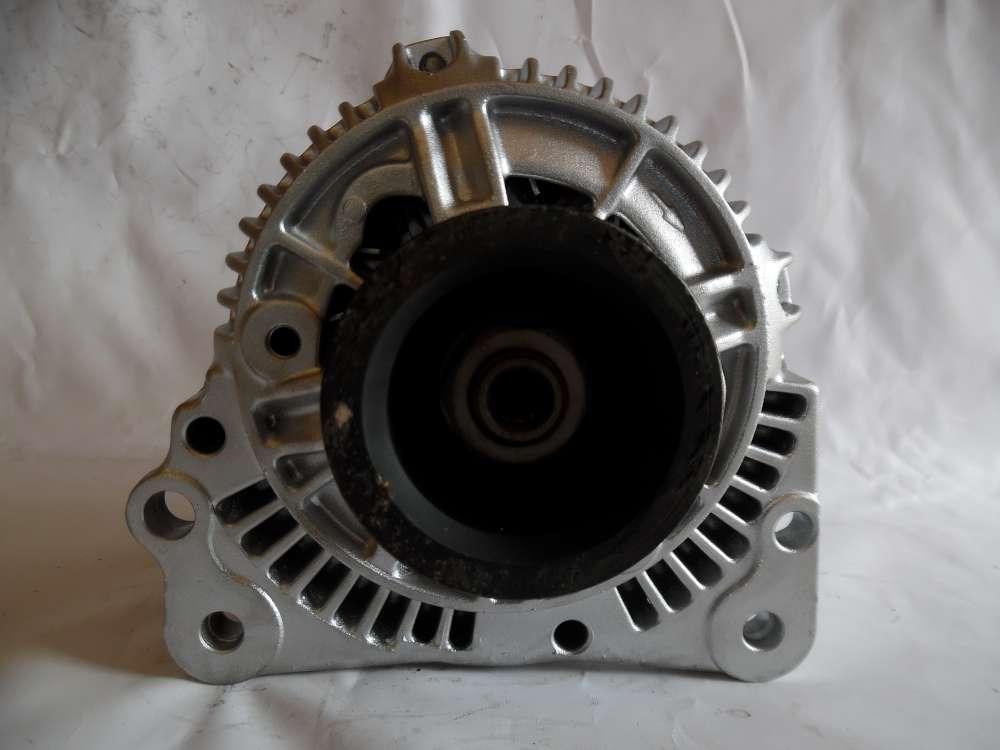 Lichtmaschine Generator 70A VW Audi Skoda 037903025B Bosch 0123310037