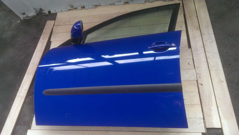 Seat Ibiza  6L Bj.05 Tür vorne linkts Fahrerseite 4/ 5Türer Blau LS5G Top