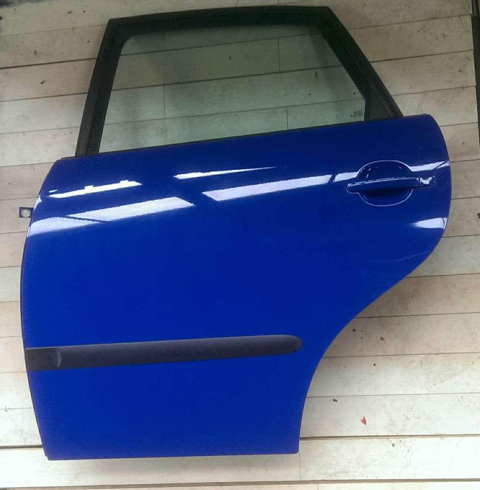 Seat Ibiza IV 6L 5-Türen Bj 2005 Tür Hinten links Blau Farbcode: LS5G