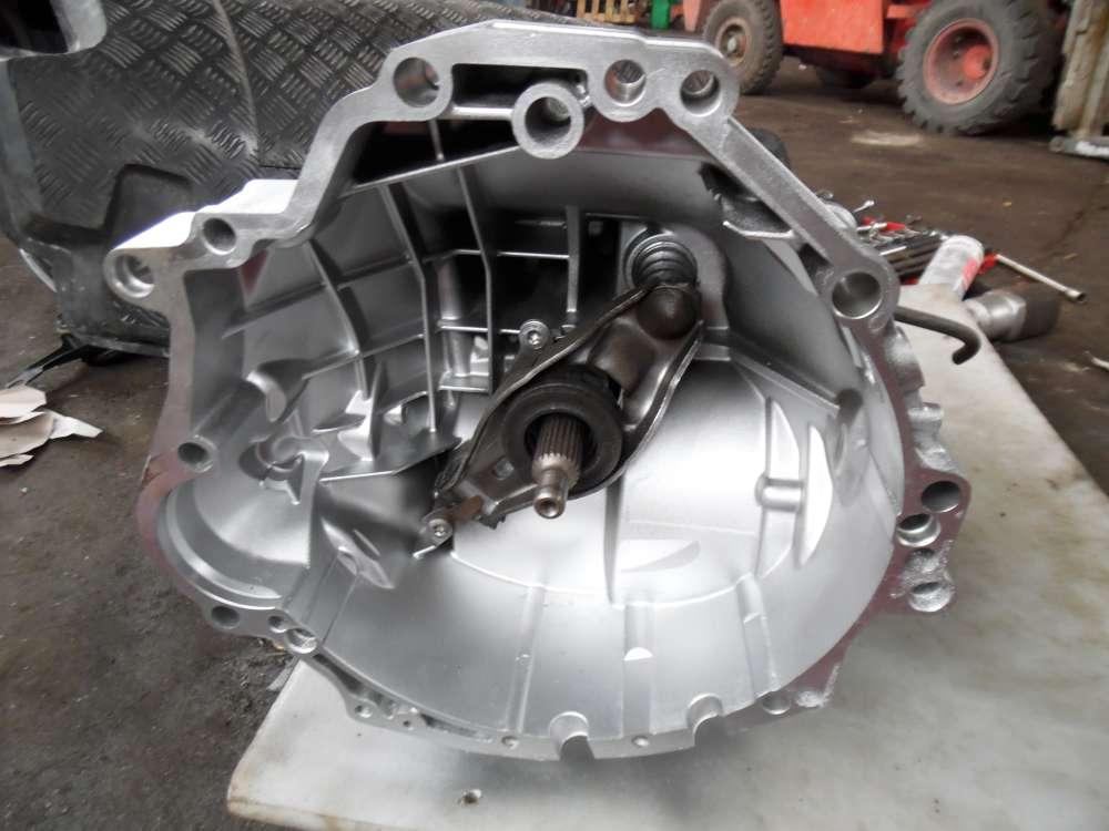 Audi A4 Getriebe Schaltgetriebe 6 Gang 0A2300040B