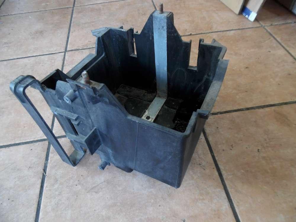 Ford Fiesta V Batteriekasten Batteriehalter 2S6T10723