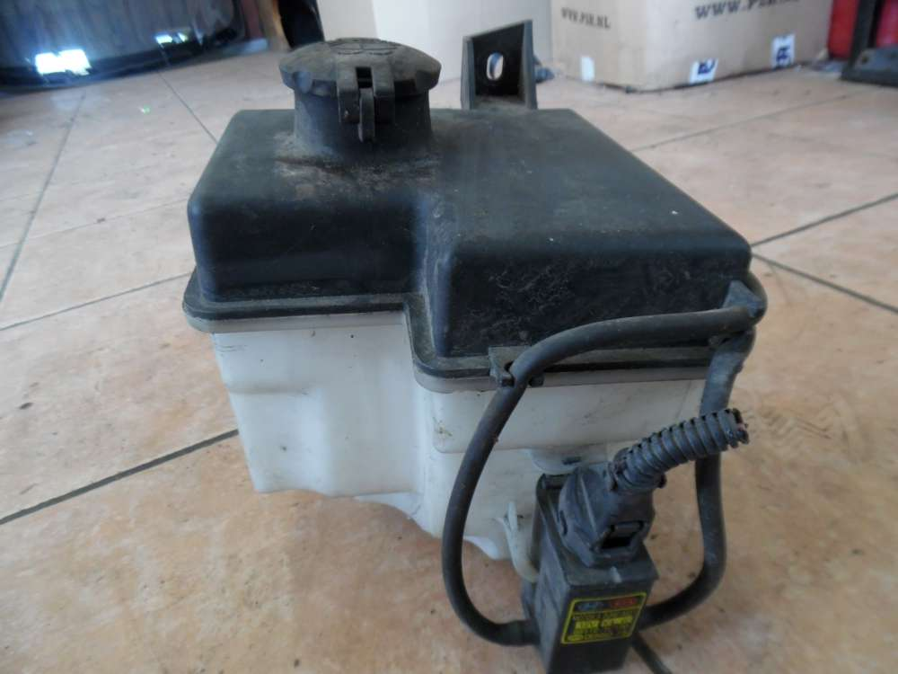 Hyundai Getz Wischwasserbehälter mit Pumpe 98610-1C000  98510-1C100