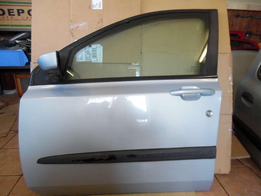 Fiat Stilo 192 Tür Vorne Links grau / Grigio Farbcode : 823