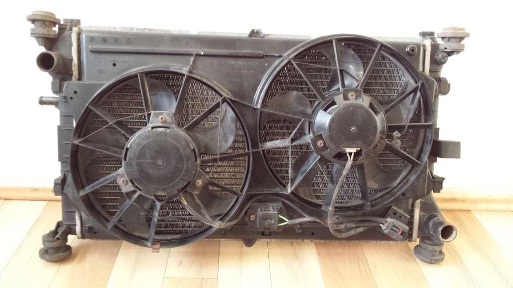 Wasserkühler Ford Focus Kombi Kondensator Ventilator Bosch 98AB8C607/0130303871