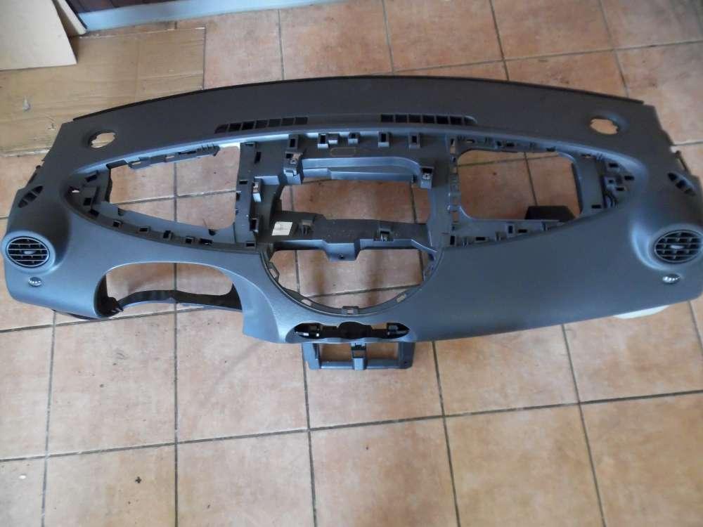 Renault Twingo II Armaturenbrett Cockpit Schalttafel 8200668107