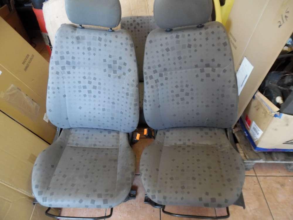 Opel Agila A Sitze Innenausstattung Stoff grau